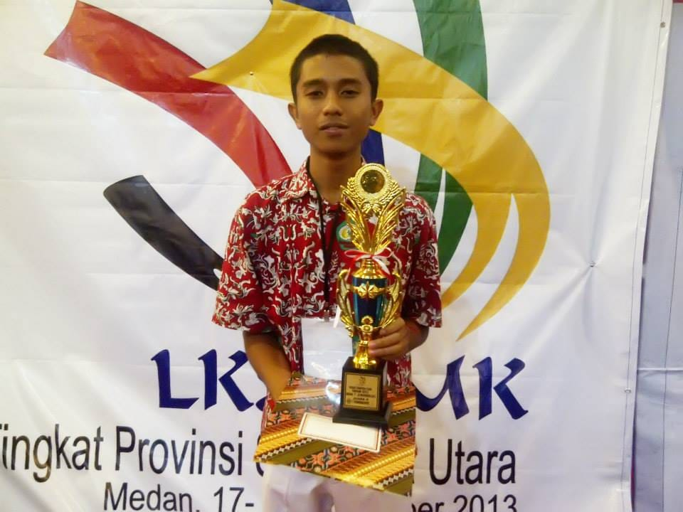 Peringkat II LKS Information Technology /Network Support Provinsi SUMUT 2013